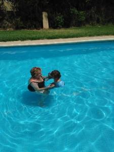 Aprendiendo a nadar | Desayuno Con Charlotte